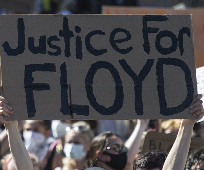 San Diego County law enforcement agencies ban carotid restraint