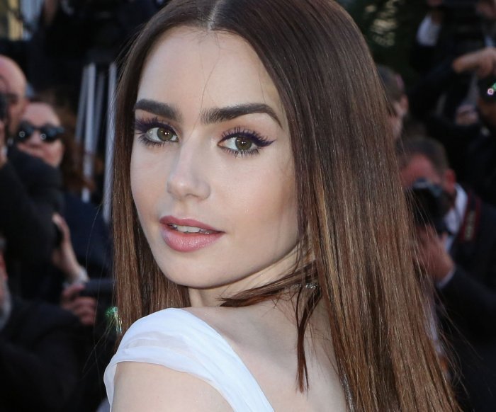 Famous families prep Kelsey Grammer, Lily Collins for 'Last Tycoon'