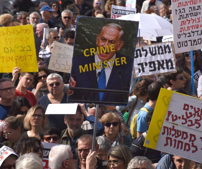 Two Netanyahu aides arrested on suspicion of bribing judge