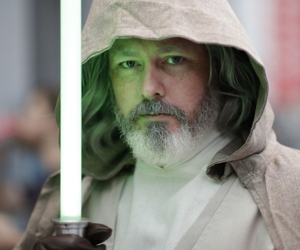 May the 4th: A look at 'Star Wars' culture through the years