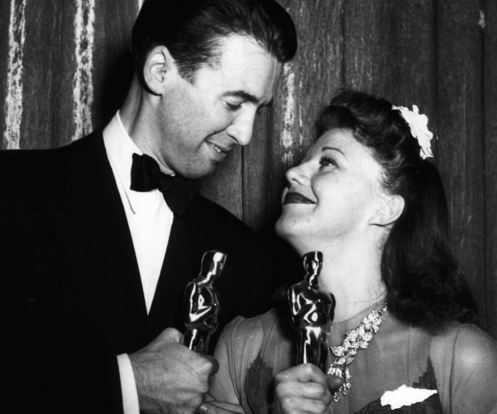 UPI Photo Archive: Oscar glamour through the years