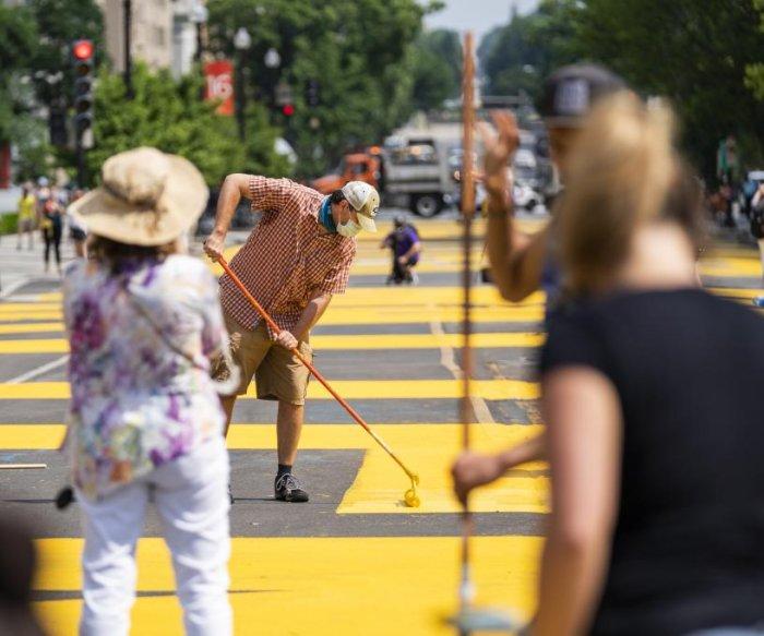 D.C. mayor renames part of 16th Street 'Black Lives Matter' Plaza