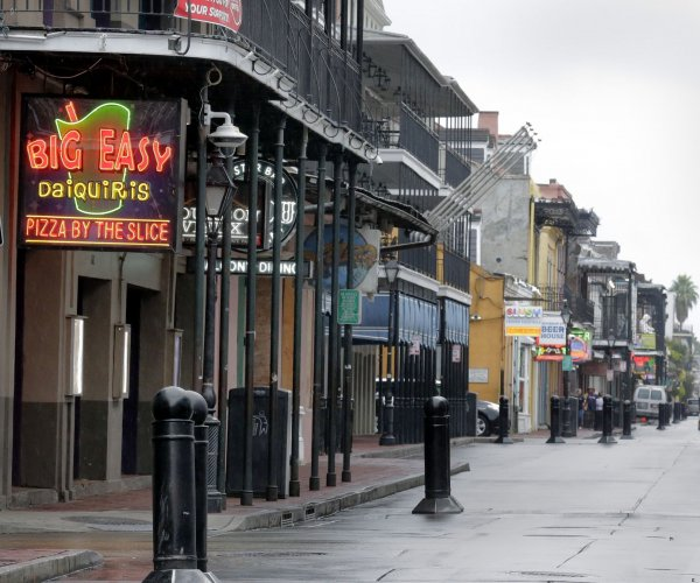 Hundreds of thousands without power as Hurricane Zeta moves through Louisiana