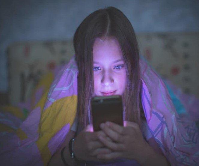 Parents blame smartphones, tablets for teens' sleep troubles