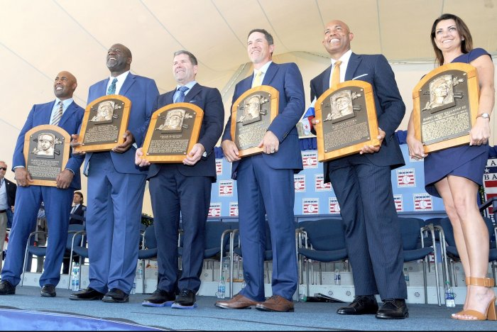 Former players inducted into the Baseball Hall of Fame