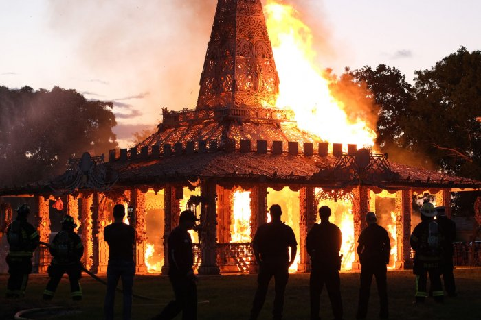 Temple memorial set ablaze to honor Parkland school shooting victims