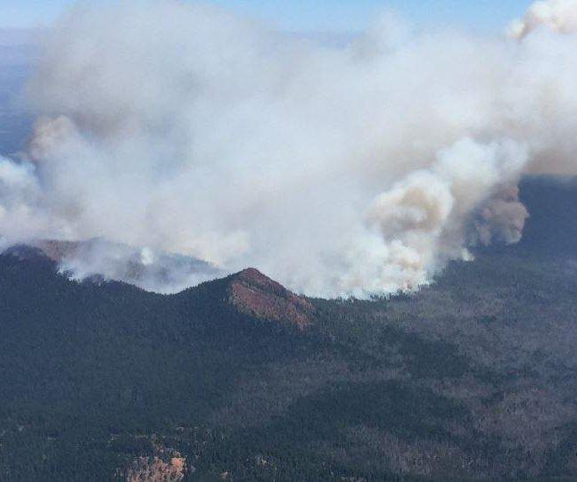 Oregon town prepares to evacuate as wildfire, eclipse loom