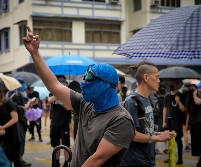 Hong Kong protests turn chaotic but avoid violence