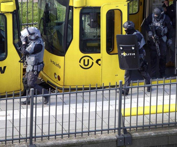 Dutch police arrest suspected gunman in tram shooting