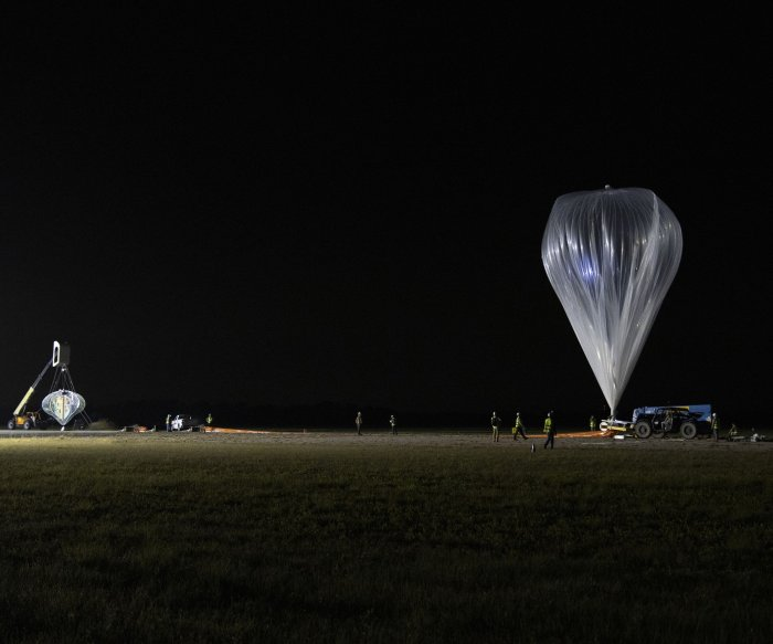 Space tourism startup flies test balloon 20 miles high over Florida