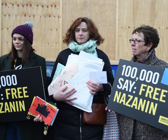 Iran using imprisoned British mom to con cash from U.K.