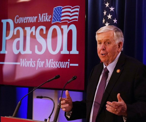 U.S. governor's races feature a few close contests as election nears