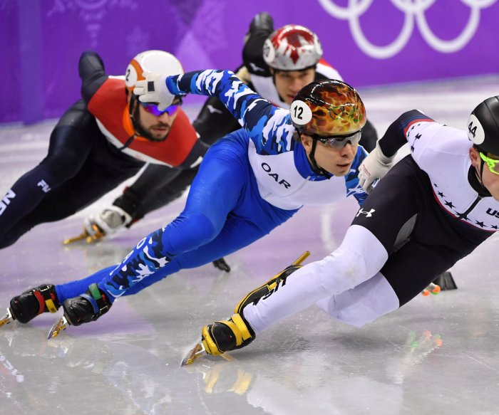 Krueger wins USA's first individual speed skating medal since 2010
