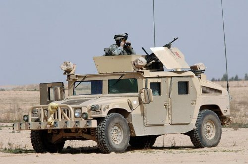 First auction of military Humvees to civilians lures bidders