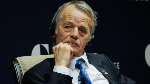 Crimean Tatars call for reversal of Russian annexation