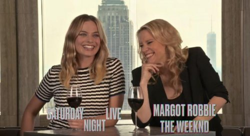 Kate-McKinnon-and-Margot-Robbie-have-an-'SNL'-pre-premiere-pre-party