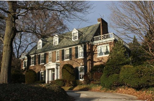 Prince Albert buys Grace Kelly's Philadelphia house