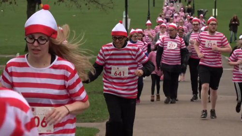 Watch: Thousands of people run in Waldo costumes in London
