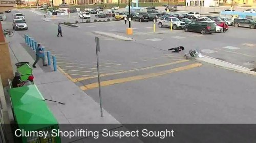 Police-seek-'clumsy'-shoplifter-who-crashed-Walmart-cart