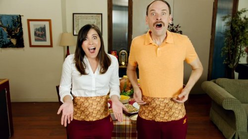 Stove-Top-offers-stuffing-themed-'Thanksgiving-Dinner-Pants'