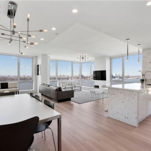 $85-million-New-York-condo-comes-with-a-trip-to-space