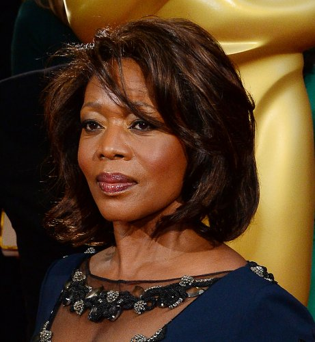 Alfre-Woodard-stands-out-in-latest-'Luke-Cage'-trailer