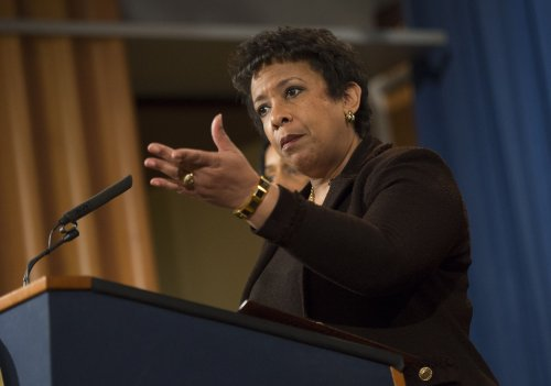 AG Lynch will not overrule findings of FBI's Clinton email investigation