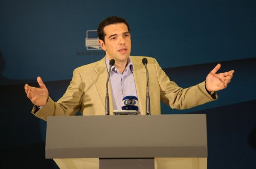 Greece can't make �1.6B IMF payment, refuses to budge on rescue aid terms