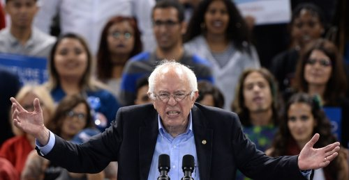 Sanders-leads-pack-of-Democratic-2020-hopefuls-at-D.C.-summit