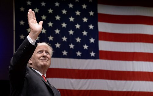 Trump-puts-'America-first'-in-manufacturing,-trade-speech