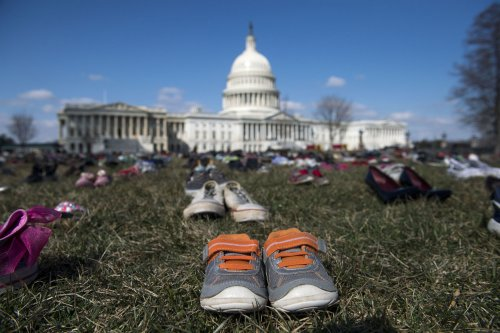 7K-pairs-of-shoes-show-children-killed-by-U.S.-gun-violence-in-last-5-years