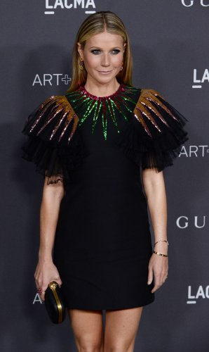 Gwyneth-Paltrow-celebrates-engagement-at-star-studded-bash