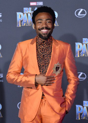 Donald-Glover-to-serve-as-host-and-musical-guest-of-'SNL'