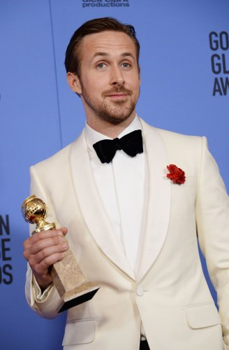 Ryan-Gosling-calls-Eva-Mendes-'my-lady'-and-'sweetheart'-in-his-Golden-Globe-speech
