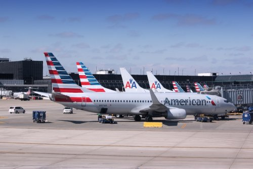 Heat wave cancels 50 American Airline flights