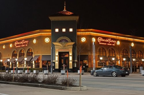 Cheesecake-Factory-sued-over-claims-of-misleading-gratuity-on-bills