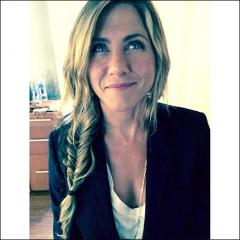Jennifer Aniston rocks fishtail braid in Instagram photo