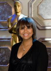 Academy of Motion Picture Arts and Sciences elects Isaacs president