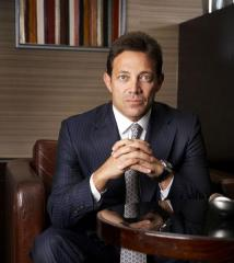 'Wolf of Wall Street' Jordan Belfort walks off set of Australian '60 Minutes'