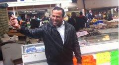 'One Pound Fish': Pakistani fishmonger turns pop star, national hero with YouTube hit