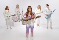 'Just One of the Guys' video: Jenny Lewis jams with Kristen Stewart, Anne Hathaway