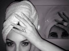 Kim Kardashian channels Elizabeth Taylor in Instagram photo