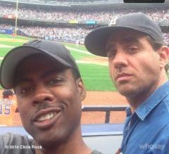 Chris Rock catches foul ball at Yankees game, gives it away