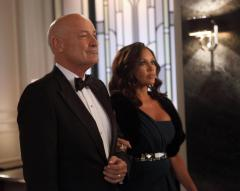'Lost' star Terry O'Quinn moves into '666 Park Avenue'