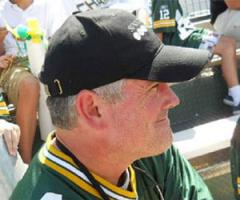 Favre lookalike was at Packers practice