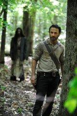 'Walking Dead' mid-season finale watched by 12.1 million