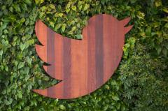 Twitter glitch resets thousands of user passwords
