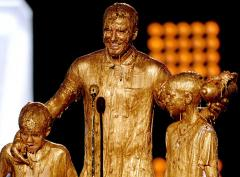 David Beckham, sons get slimed at 2014 Kids' Choice Sports Awards
