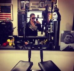 Khloe Kardashian blames Kourtney Kardashian for weight gain