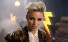 Dianna Agron gets rock 'n roll makeover in The Killers 'Just Another Girl' video
